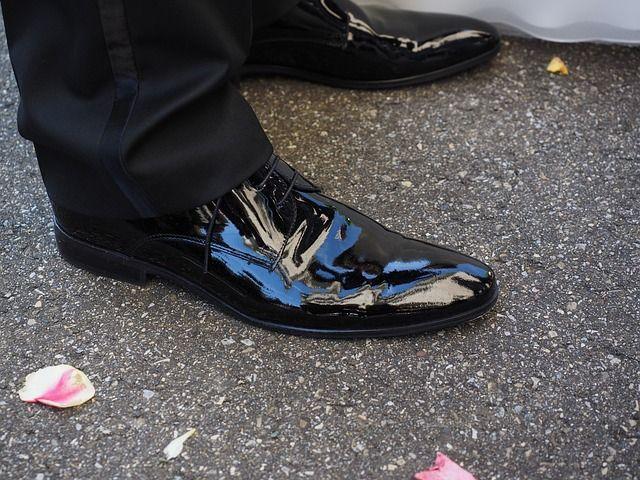 התאמת הנעליים לחליפה