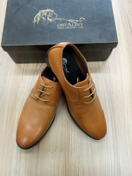 נעליים לגבר אורטליני