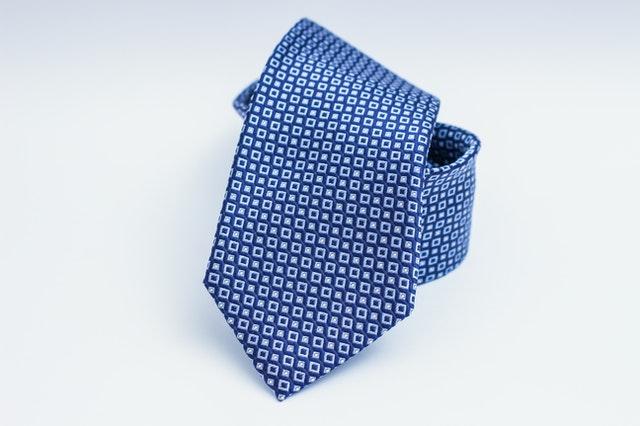 איך בוחרים את העניבה הנכונה